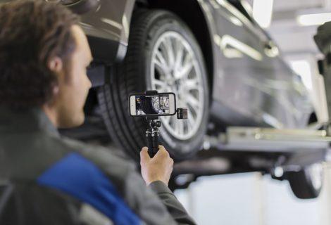 Ford lanserer «berøringsfri» service med desinfiserte biler – stor suksess med hente- og bringetjeneste